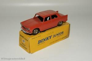 Peugeot 404 berline - Dinky Toys 101