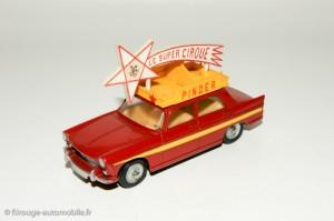 Peugeot 404 Pinder - Dinky Toys 882