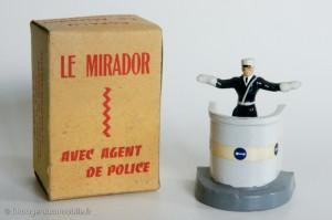 Le mirador avec agent de police - Cofalu