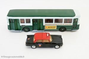 Autobus Berliet parisien et 404 taxi- Dinky Toys