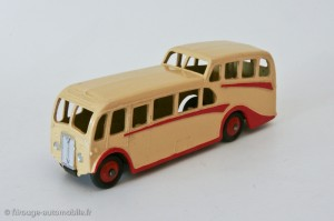 Autocar 29F - Dinky Toys anglais