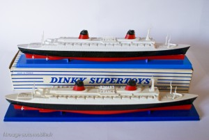 Dinky Toys 870 - Paquebot France