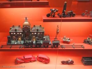 """Exposition """"Des jouets et des hommes"""""""