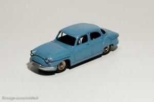 Dinky Toys 102 - Panhard PL 17 berline