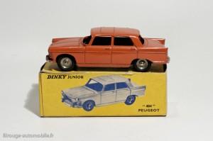 Dinky Toys 101 - Peugeot 404 berline
