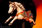 Manège ancien - cheval de bois