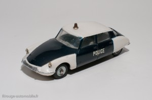 Dinky Toys 501 - Citroën DS19 Police - lettres maigres