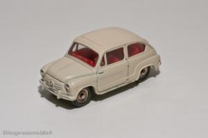 Dinky Toys 520 - Fiat 600D