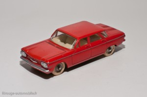 Dinky Toys 552 - Chevrolet Corvair