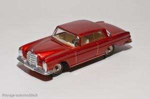 Dinky Toys 533 - Mercedes 300 SE coupé