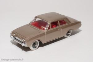 Dinky Toys 559 - Ford Taunus 17M 2 portes