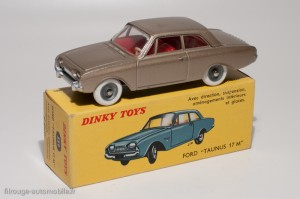 Dinky Toys 559 - Ford Taunus 17M 2 portes