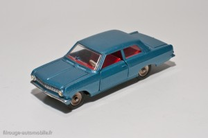 Dinky Toys 542 - Opel rekord 1963 2 portes
