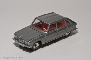 Dinky Toys 537 - Renault 16