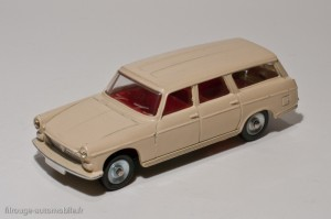 Dinky Toys 525 - Peugeot 404 commerciale