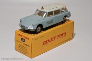 Dinky Toys 556 - Citroën ID19 ambulance