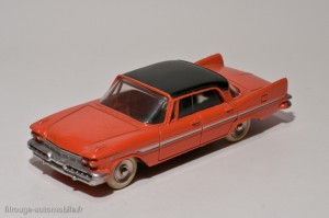 Dinky Toys 545 - De Soto Diplomat Sedan