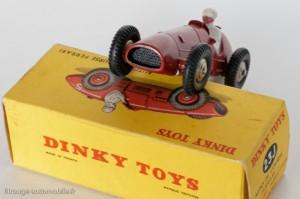 Dinky Toys 23J - Ferrari 500F2 - calandre quadrillée