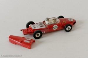Dinky Toys 242 - Ferrari 156 - capot amovible