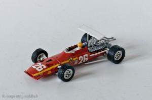 Dinky Toys 1422 - Ferrari 3L. F1 - décalques et aileron posés