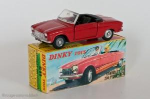 Dinky Toys 511 - Peugeot 204 cabriolet