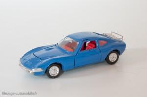 Dinky Toys 1421 - Opel 1900 GT