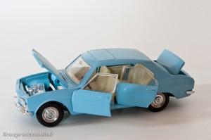 Dinky Toys 1415 - Peugeot 504 berline