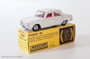 Dinky Toys 1428 - Peugeot 304 berline