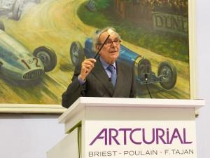 Maitre Poulain - vente Rétromobile - Photo Artcurial