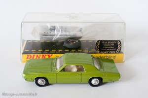 Dinky Toys 1419 - Ford Thundirbird coupé