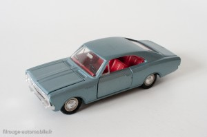 Dinky Toys 1405 - Opel Rekord coupé 1900