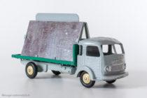 """Dinky Toys 33C - Simca Cargo miroitier """"St Gobain"""" - version export sans décalque et roues beiges"""
