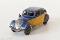 Dinky Toys 24L - Peugeot 402 limousine Taxi - pneus Dunlop (avant guerre)