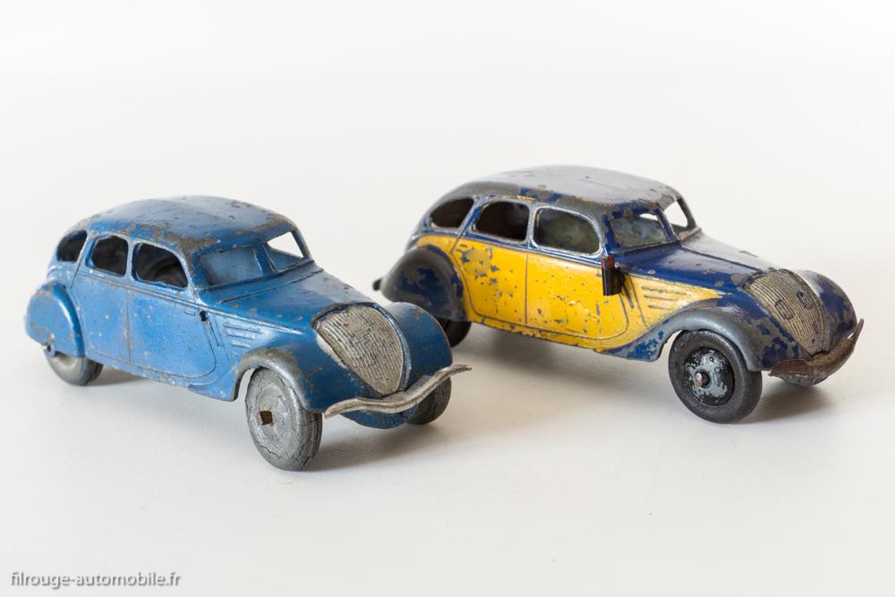 Dinky Toys réf. 24 k et 24 l - Peugeot 402 limousine et taxi