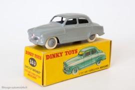 Simca Aronde Dinky Toys réf. 24 U - première boite illustrée par Jean Massé
