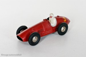 Dinky Toys 23J - Ferrari auto de course - calandre quadrillée