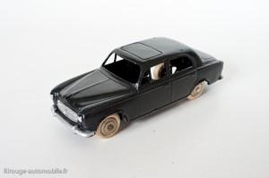 Dinky Toys 24B - Peugeot 403 berline