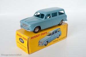 Dinky Toys 24F - Peugeot 24U familiale