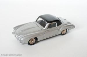 Dinky Toys 526 - Mercedes 190SL coupé - avec vitres et roues concaves s