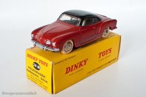 Dinky Toys 24M - Volkswagen Karmann Ghia coupé - avant plat