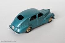 Dinky Toys 24R - Peugeot 203 berline - petite lunette arrière