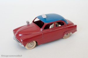Dinky Toys 24UT - Simca Aronde taxi - roues nickelées