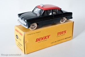 Dinky Toys 542 - Simca Ariane taxi - roues concaves