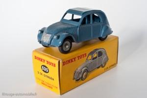 Dinky Toys 535 - Citroën 2CV - trois feux arrières - roues concaves