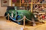 VW Coccinelle Hebmuller - Manoir de l'automobile