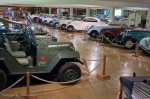 Salle de voitures populaires - Manoir de l'automobile
