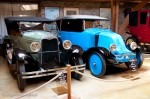 Chevrolet 1928 & Renault 1920 - Manoir de l'automobile