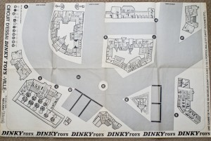 Dinky Toys - Diorama face circuit Ville