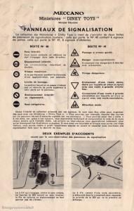 Dinky Toys - Notice d'accompagnement panneaux de signalisation Ville et Route