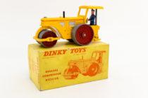 Dinky Toys 830 - Richier rouleau compresseur -  rare coffret avec dessin rouge